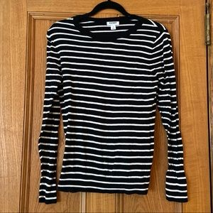Old Navy Black and White Striped Sweater